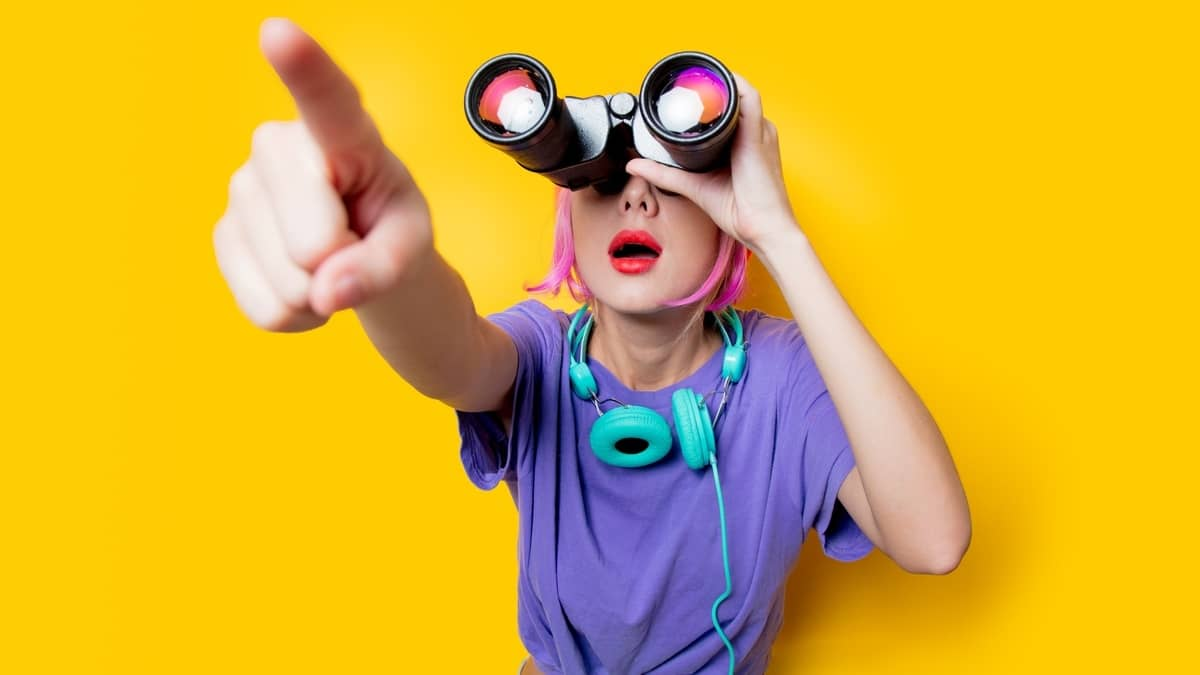 Pick a Magnification on Binoculars for Bird Watching
